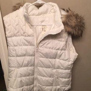 Aeropostale Vest with fur hood